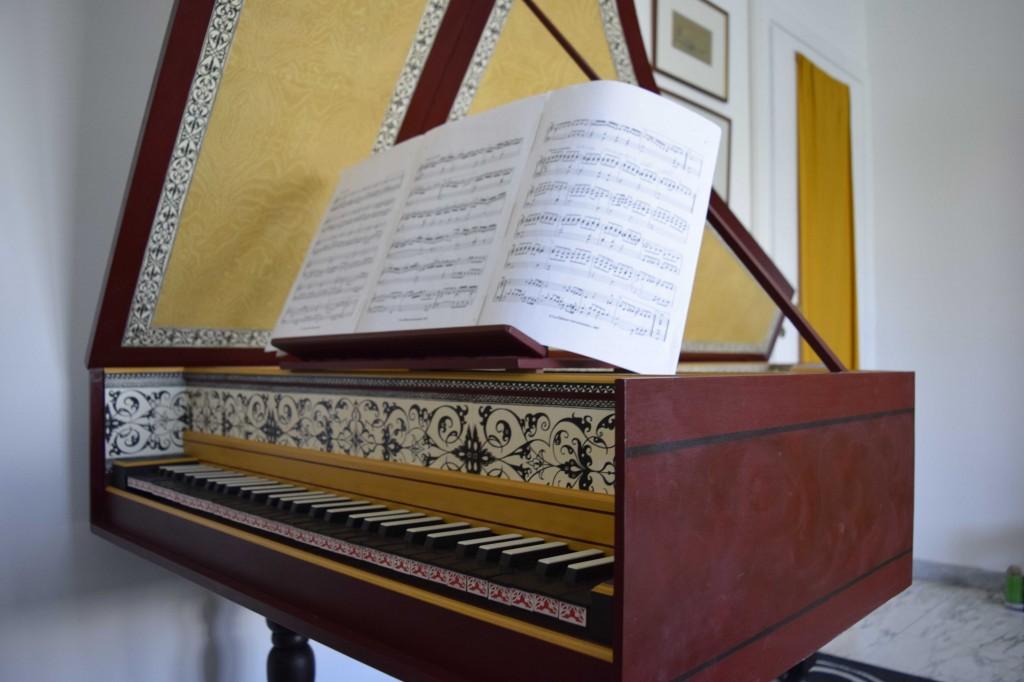 D. Beniušytės klavesinas yra flamandų 16 – 17 a. Johannes ir Andreas Ruckers meistrų kopija. Delfi nuotr.