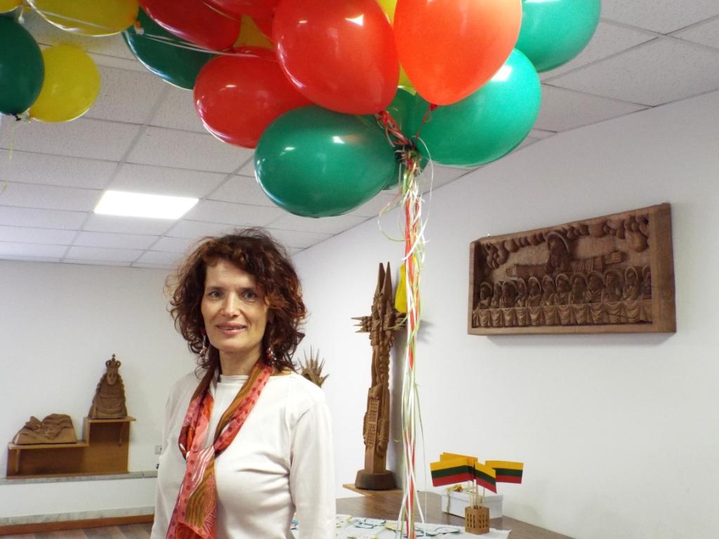 Pirmoji mokyklos vadovė Emira Dervinytė. A.Nenėno nuotr.
