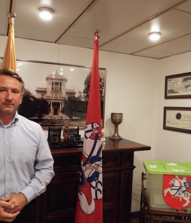Lietuvos Respublikos ambasados patarėjas Robertas Tamošiūnas. A.Nenėno nuotr.