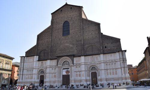 Pagrindinė Bolonijos bažnyčia - Šv. Petronijaus bazilika Piazza Maggiore aikštėje. G. Jasinsko nuotr.