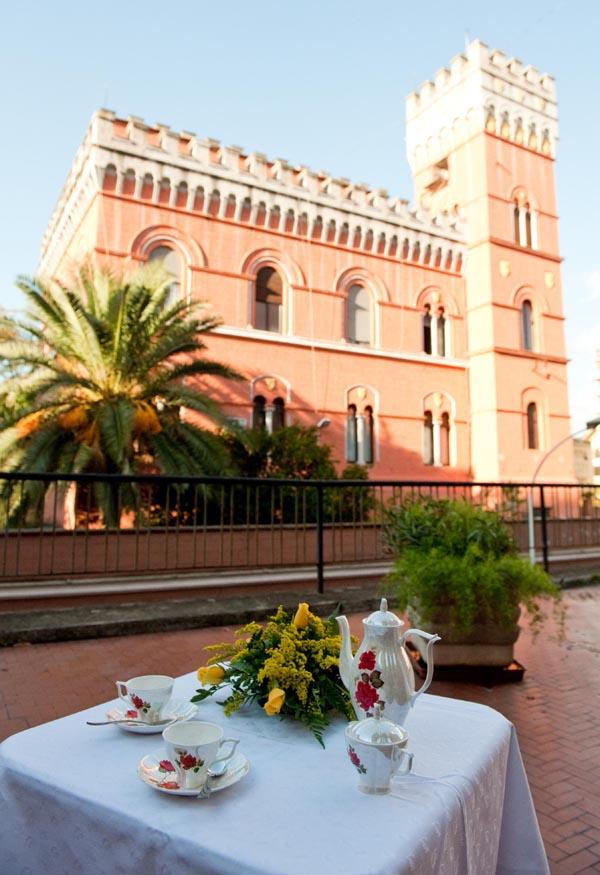 """Svečių namuose """"Villa Lituania"""" yra dvi erdvios terasos, kuriose galima maloniai praleisti vakarą mėgaujantis draugų kompanija, šiltu Italijos vakaro vėju ir vyno taure. Facebook nuotr."""
